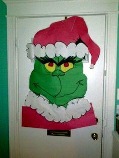 Grinch doornament Christmas Door Decorations, Christmas Ornaments, Grinch Party, Door Decorating, Classroom Door, Art Lessons Elementary, Holiday Activities, Door Ideas, Bulletin Board