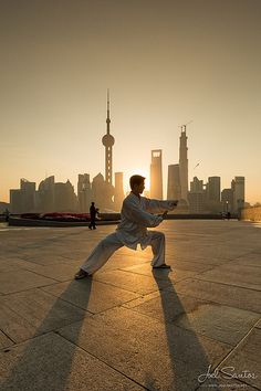Morning exercises on the Bund. Tai Chi Chuan by Joel Santos on