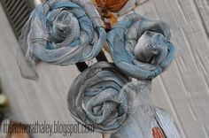 The Autocrat: Wire Screen Roses Twist up old screen into roses. Add paint before or after twisting.