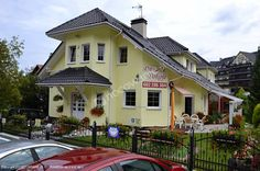 Obiekt noclegowy Danusia w Karpaczu to świetne miejsce na spędzenie urlopu! Szczegóły oferty: http://www.nocowanie.pl/noclegi/karpacz/kwatery_i_pokoje/60291/  #travel #Mountains