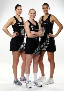 The Silver Ferns have a whole new uniform just in time for the start of the international test season this sunday! Netball Games, Silver Fern, Sports Uniforms, Ferns, Sports Women, Kara, Puppets, Cheer Skirts