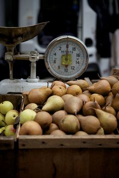 Pears / Image via: Nicole Franzen Photo