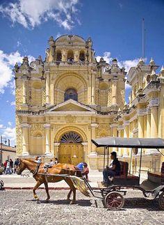 Iglesia de San Pedro, Antigua, Guatemala.