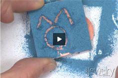Video: Sgraffito - Method 3 of 4 | Art Jewelry Magazine - Tecnica dello Sgraffito metodo 3