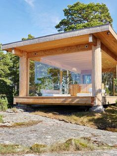 "A chapel on the island of Kemiö: ""Here we have everything we have always dreamed of"" Design stories Tiny House Cabin, Tiny House Design, Cabin Homes, My House, Tiny Cabins, Cabin Design, Casas Containers, Small Buildings, Glass House"