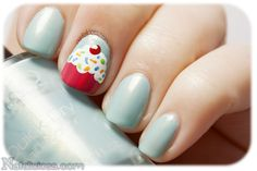 cupcake nail art super easy with tiffany blue base