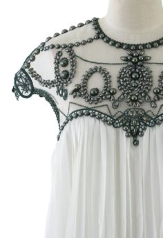 Contrast Beads Embellished Pleated Dress