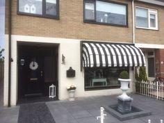 Restaurant Ideas, Doors, Outdoor Decor, Home Decor, Balcony, Decoration Home, Room Decor, Home Interior Design, Home Decoration
