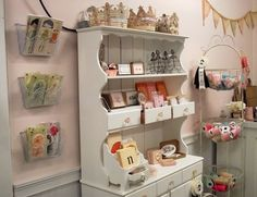 Love Cerri's new retail shop!