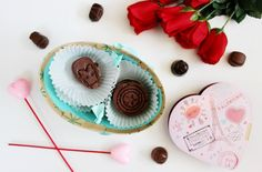 Learn how to make these DIY Marvel superhero chocolates just in time for Valentine's Day! Fun for a gift or as a project for all ages. http://www.youtube.com/kaymaldo