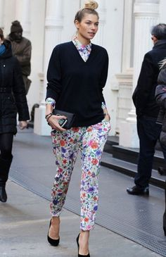6 Ways To Wear Winter Florals | theglitterguide.com