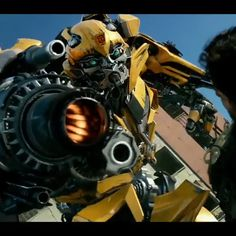 "Polubienia: 14, komentarze: 1 – ORIONPRIME_ (@orionprime_) na Instagramie: ""Hound, Bumblebee, an Extended With optimus getting beat up from the Knights #Cadeyeager #bumblebee…"""