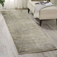 Smooth and delicate Maya Mercury Wool Runner. Strong and durable fabric of viscose and wool. Calvin Klein Rugs, Wool Runners, Mercury, Maya, Sober, Surface, Smooth, Cozy, Nature