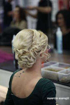 Kuaför Nurettin Esengül'den Topuz Saç Modelleri 2015 http://www.nurettinesengul.com/topuz-modelleri