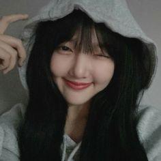 South Korean Girls, Korean Girl Groups, Cloud Dancer, G Friend, Love Spells, Couple Pictures, Korean Singer, Ultra Violet, Idol