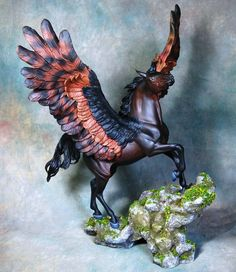 This was an older commission I started last year. A customized Breyer Esprit using Moody wings. only a few small changes *move front leg *moved head and neck *Moody wings *sculpted tack *new mane p. Magical Creatures, Fantasy Creatures, Pegasus, Bryer Horses, Winged Horse, Painted Pony, Equine Art, Animals Of The World, Horse Art