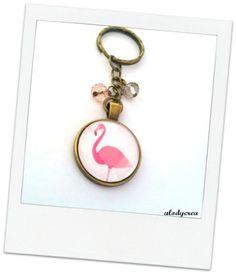 Porte clés - bijou de sac - flamant rose - bronze - cabochon : Porte clés par alodycrea - flamingo - keychain