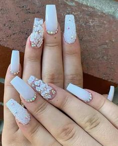 How to succeed in your manicure? - My Nails Aycrlic Nails, Glam Nails, Bling Nails, Coffin Nails, Best Acrylic Nails, Cute Acrylic Nail Designs, Gorgeous Nails, Pretty Nails, Milky Nails