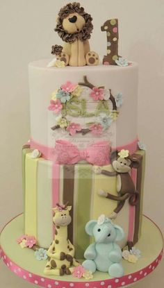 Fun little jungle birthday cake made last week Baby Cakes, Baby Shower Cakes, Cupcake Cakes, Giraffe Birthday Cakes, Baby Birthday Cakes, Africa Cake, Safari Cakes, Jungle Cake, Animal Cakes