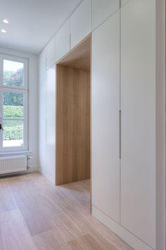 Home Decor Ideas Organizing Storage Wardrobe Design Bedroom, Closet Bedroom, Home Interior Design, Interior Architecture, Hallway Storage, Wardrobe Doors, Closet Designs, New Homes, House Design