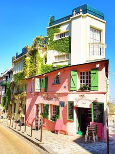"Montmartre, Paris, France. La Maison Rose literally translates to ""The Pink House"""