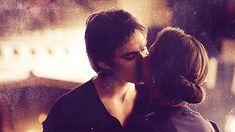 Delena kisses give me life