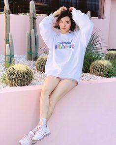 Professional Overthinker Sweatshirt - WHITE – Huyen Dinh