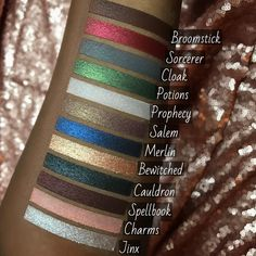 Would love to have this inspired eye shadow color pallet. Makeup Art, Beauty Makeup, Hair Makeup, Makeup Brands, Best Makeup Products, Storybook Cosmetics, Free Makeup, War Paint, All Things Beauty