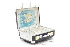 Treasure Hunt in Mykonos - Globe Trotter Trolley Case – Chufy Usa Travel Map, Best Travel Luggage, Luxury Luggage, New Travel, Luxury Travel, Travel Style, Mykonos, Santorini, Luxury Collection Hotels