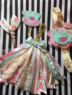 Excited to share this item from my shop: Planner Tassel, tassel tassels shabby pink mint floral recollections paper clip, planner clip, planner band websters pages color crush eclp Diy Ribbon, Ribbon Crafts, Paper Crafts, Glam Planner, Happy Planner, Paper Embroidery, Silk Ribbon Embroidery, Paper Clip Art, Passementerie