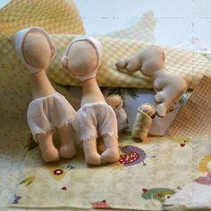 И снова рождение. Скоро будут новые ангелы 😉 #ангелы #ангелубыть #рождение #завтра #брошь #коробкасброшками #скоро #красиво #оригинальныйподарок #оригинально #творчество