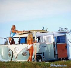 Surfers, Surfboards & VW Bus = Great Combo