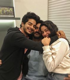 Janhvi Kapoor shared a lovely photo of her with co-star Ishaan Khatter and her debut film Dhadak's director Shashank Khaitan. Janhvi looks beautiful in a white top and the three can be seen giving each other a group hug. Bollywood Images, Bollywood Stars, Bollywood News, People Hugging, Dharma Productions, Film Industry, Celebs, Celebrities, Couple Pictures