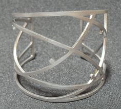 LINHA E PONTO Braceletes em aço inox 304