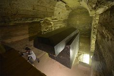 Mystery Of 24 'Alien' 100 TONS Boxes Discovered Near Egypt's Pyramids Of Giza - Scientists Shocked