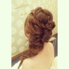 「#ヘアアレンジ#ヘアメイク#ヘアセット#ヘアスタイル#編み込み#挙式#結婚式#花嫁#プレ花嫁#ブライダルヘア #ブライダル#ウェディングドレス #weddinghair #wedding#weddingdress #hair#hairarrange#hairdo #bridal#bridalmakeup」
