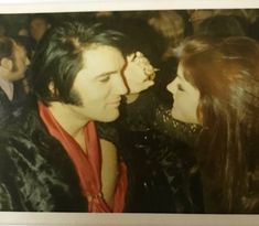 Aaron (@Aar0NTV_) | Twitter Priscilla Presley, Elvis And Priscilla, Family Photo Album, Family Photos, Elvis Presley Memories, Polaroid, Read Comics, Bruce Springsteen, Always Be