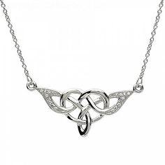 Elegant Celtic Knot Design Silver Pendant (C-4265-1)