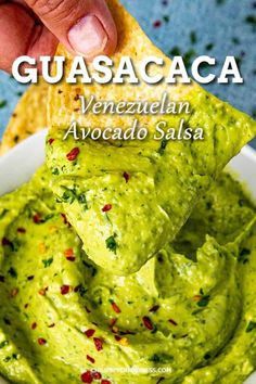 Creamy Guasacaca (Venezuelan Avocado Salsa) - #avocado #Creamy #Guasacaca #Salsa #Venezuelan Guacamole Recipe Easy, Avocado Recipes, Dip Recipes, Vegan Recipes Easy, Mexican Food Recipes, Healthy Dinner Recipes, Cooking Recipes, Ethnic Recipes, Guacamole Sauce