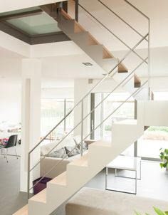 1000 images about binnendeuren en trappen on pinterest interieur kunst and modern for Foto trap interieur