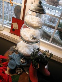 Snowman made from fish bowls. http://www.chippingwithcharm.blogspot.com/