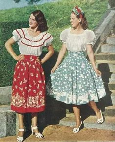 peasant skirts and blouses - vintage summer outfits outfits vintage shorts vintage dress vintage fashion vintage outfits summer beach dress summer beach wear summer dress flowers - Vintage Outfits -Summer Vintage Dresses 2019 Vintage Summer Outfits, 1940s Outfits, 1940s Dresses, Vintage Dresses, Flapper Dresses, Vintage Shorts, 1950s Style, 1940s Fashion, Vintage Fashion