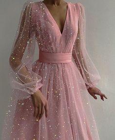 Cute Prom Dresses, Ball Dresses, Elegant Dresses, Pretty Dresses, Beautiful Dresses, Bridesmaid Dresses, Wedding Dresses, Prom Ballgown Dresses, Long Pink Dresses
