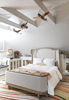 Vanessa's Eclectic Seaside Cottage paint the bedroom studs white!