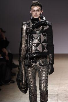 FCBTC / Gareth Pugh F/W 2009 Menswear Paris Fashion Week