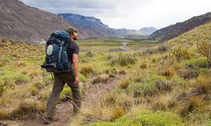 Rucksack bags are a traveller's best friend. To properly enjoy your outdoor hikes and trails, a good rucksack is a must-have. Solo Camping, Rugged Men, How To Eat Paleo, Backpacker, Online Bags, Bushcraft, Bradley Mountain, Patagonia, Wilderness
