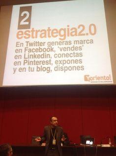 ESTRATEGIA 2.0 EN UN TUIT