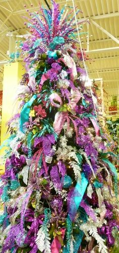 Purple, blue, silver and pink Christmas tree...these are not the colors I use on my tree at Christmas, but look how striking it is!!