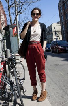 toronto street style love this look but I feel like it might look frumpy on a plus-size gal like me. Hmmm