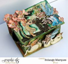Solange Marques: Altered art with Graphic 45